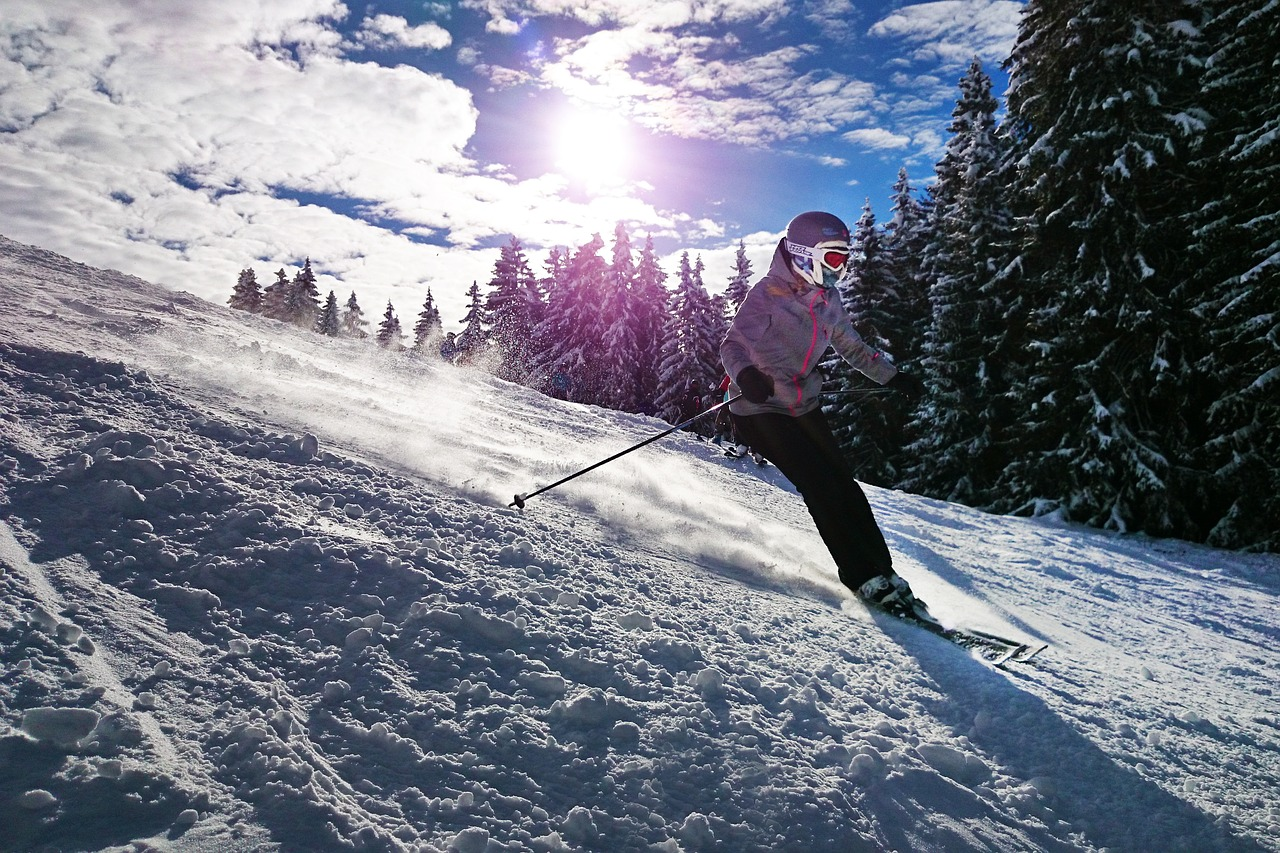 ski surf neige superbagnères luchon pyrénées 31 - 208 Pics d'Aran - Location gite luchon - appartement de vacances montagne luchon